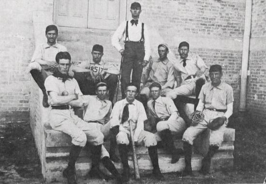 1892-ut-baseball
