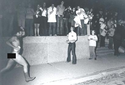 Streaking.1974.Streak In Texan Streaker