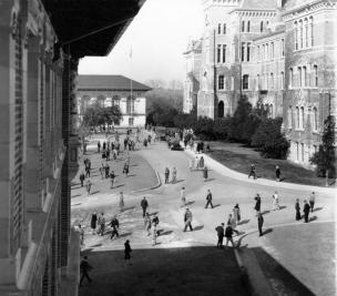 UT 1920s Main Mall