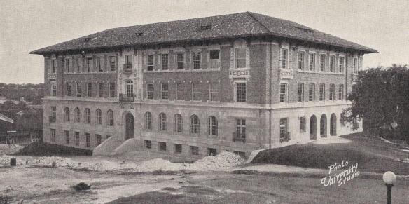 garrison-hall-1926