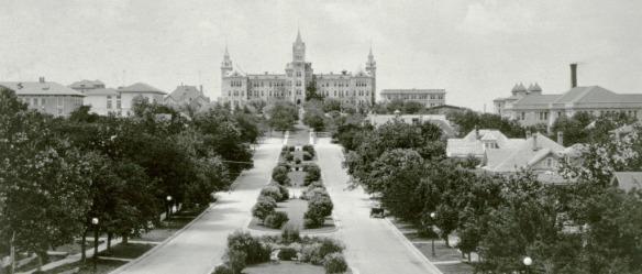 ut-campus-1920