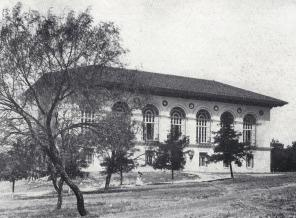 1915-university-library-battle-hall