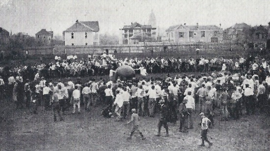 1912-first-pushball-contest