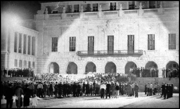 27.1937.TCU Football Rally on Main Mall.