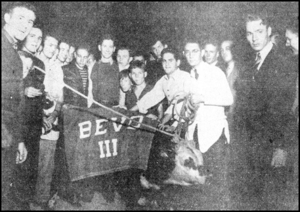 28.1937.TCU Football Rally.Bevo III.