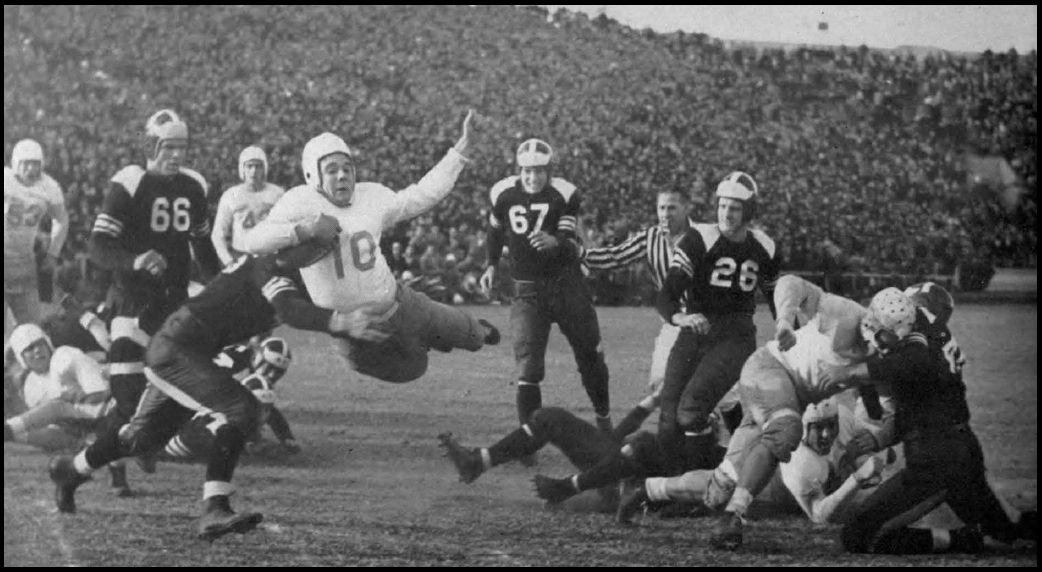 39.1938 Texas vs Texas AandM in Austin.Winning Touchdown